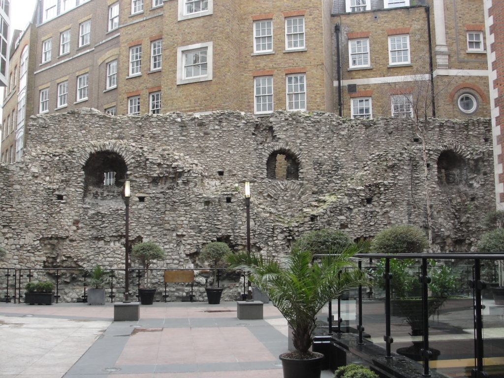 A section of the Roman wall of London, located behind the Grange City Hotel, not far from the Tower of London.