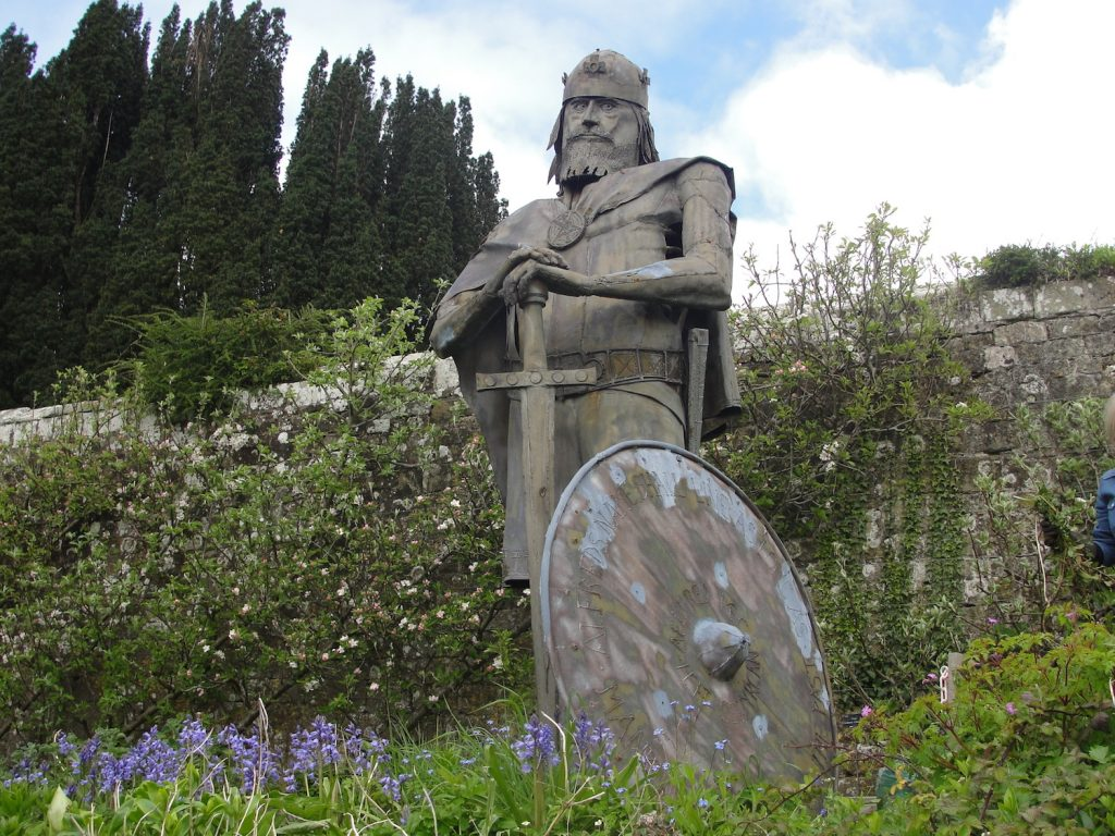 King Alfred in the grounds of Shaftesbury Abbey, Dorset