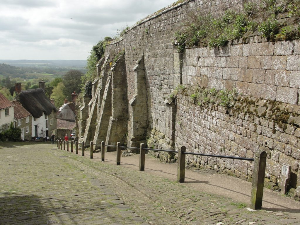 Looking down Gold Hill (perhaps the most famous place in Shaftesbury). The wall to the right, known as Park Wall, once formed the western boundary to the Abbey's grounds. The outline of the abbey's grounds in Alfred's time is not known