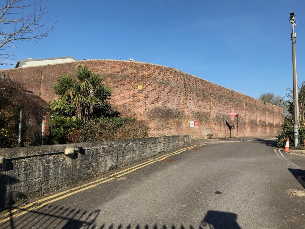 Dorchester prison. Site of Norman castle. Probable Saxon stronghold or royal location.